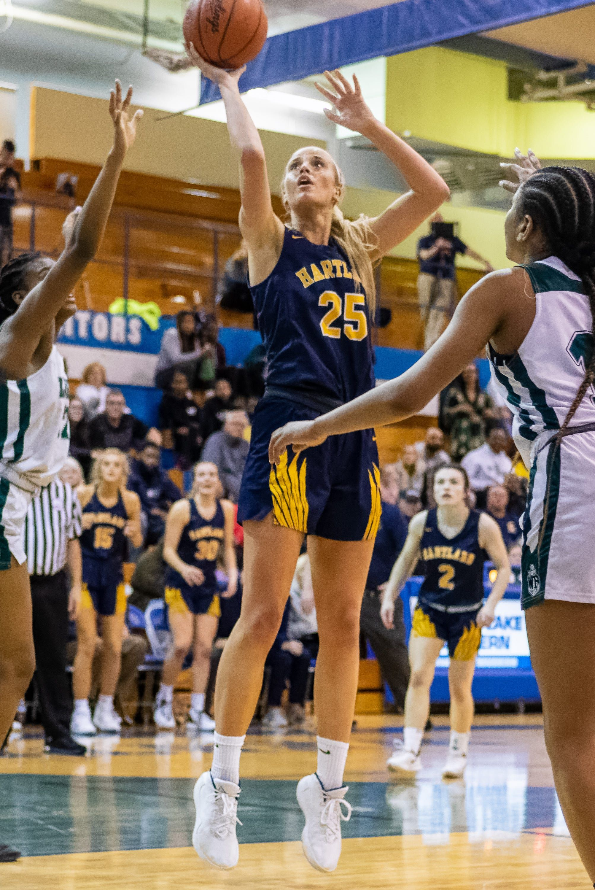Michigan High School Girls Basketball Playoffs Top Performers Scores From Regional Semis In 2020 Basketball Girls Basketball Girls Outfits Basketball Clothes