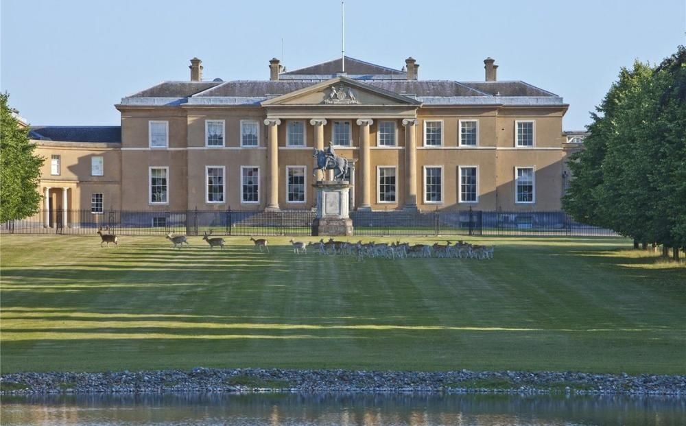 Impressive Mansion House For Sale In Hampshire Houses Mansions
