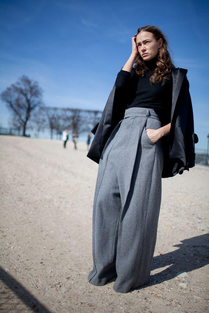 Paris Fashion Week | Wide Leg Trouser | High Waste | Grey and Black | Minimal and Polished | Layers | Street Style | HarperandHarley