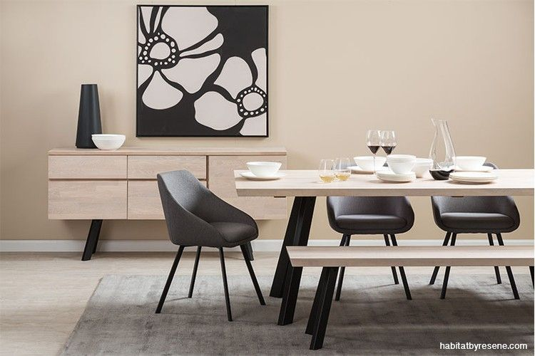 This Dining Room Looks Open Yet Inviting Thanks To The Glorious Warmth Provided By Walls In Resene Bisc Dining Room Inspiration Greige Walls Dining Table Black