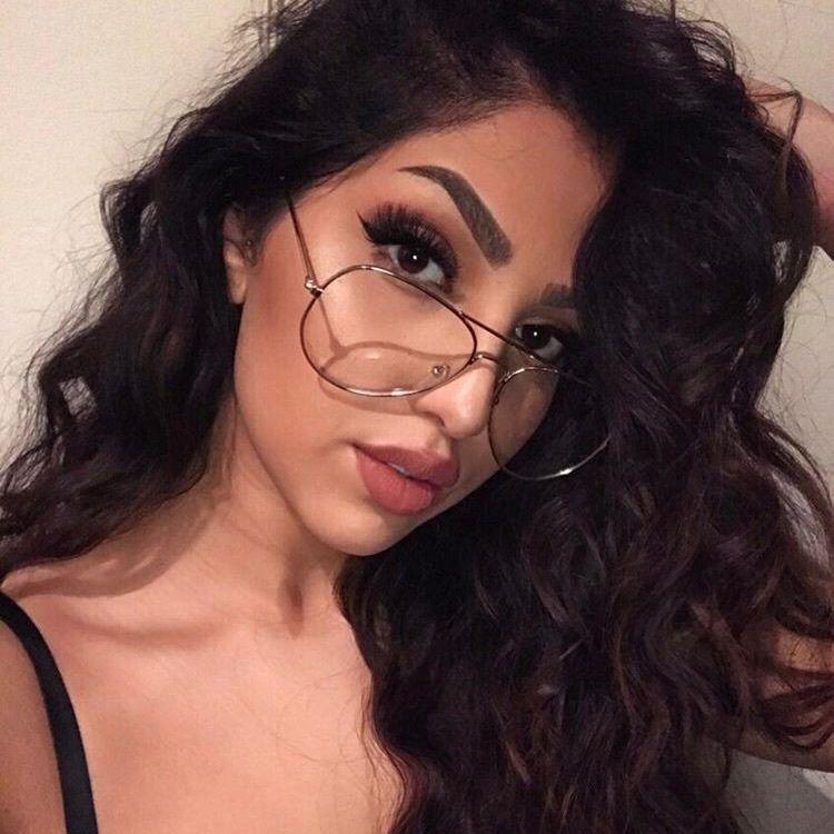 58ec20f02 make para quem usa óculos | maquiagem en 2019 | Armações de óculos ...