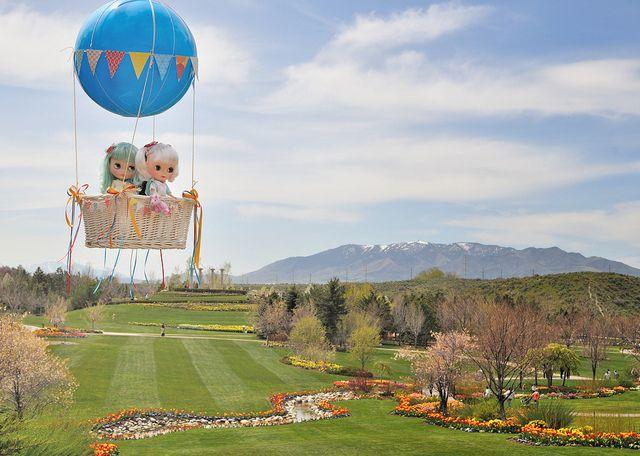 Blythe Ballooning eeee!