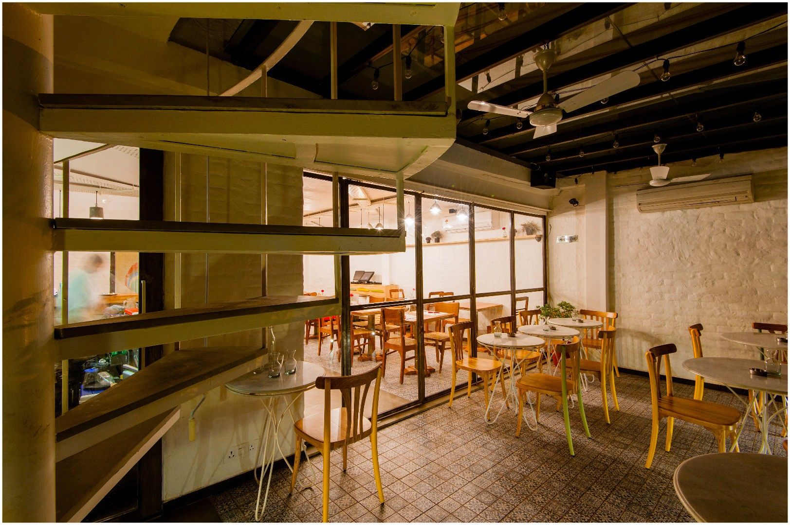 interior design cafe restaurant cafe design inspiration find rh pinterest com