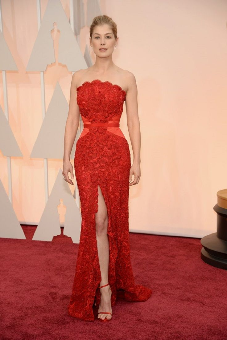 Top 10 Best Dressed Celebrities At The Oscars 2015