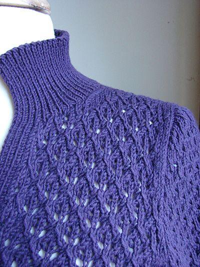 Modern Lace Henley - Winter 2007 - Knitty,  zomertruitje in kant, ingezette mouwen,  goede maat