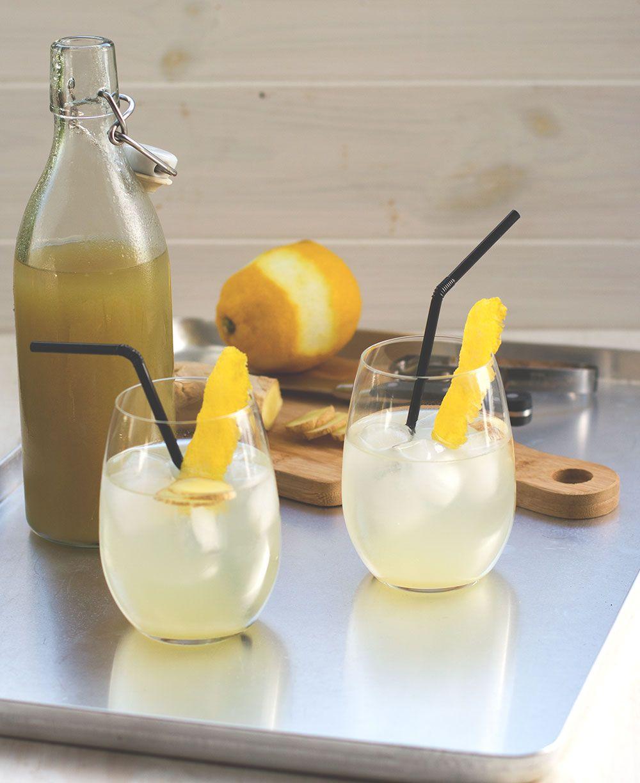 Rezept für leckeren, erfrischenden Ingwer-Zitronen-Sirup ...  Rezept für lec...