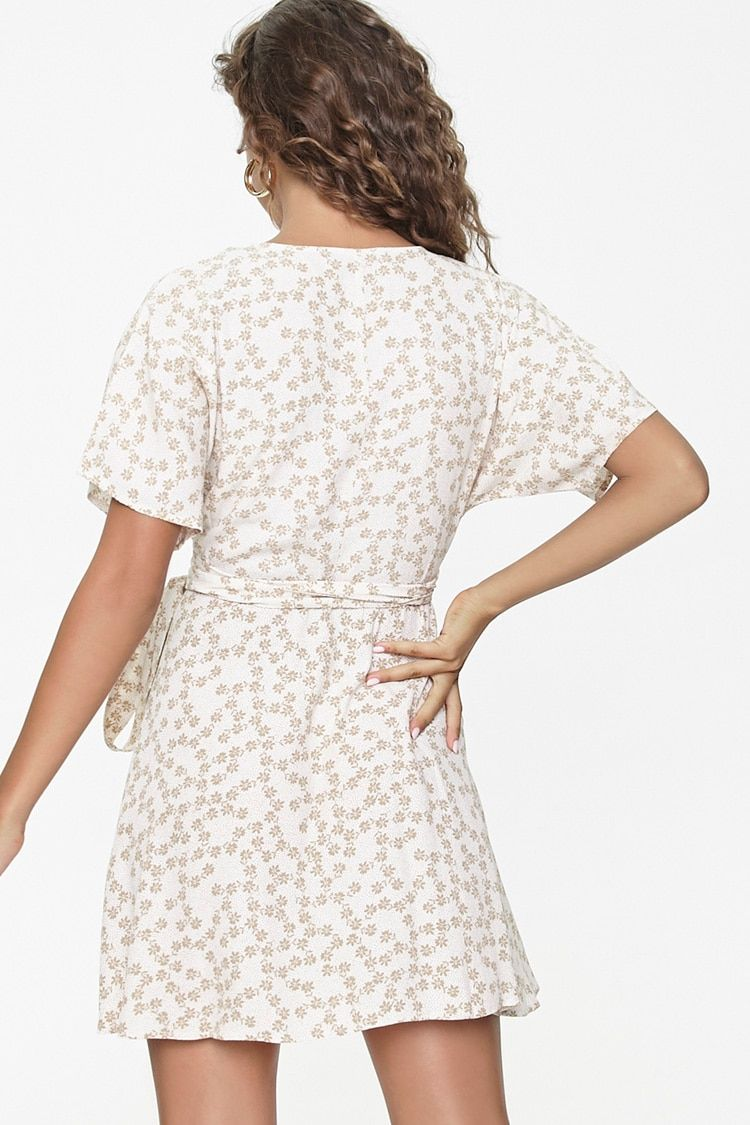 Floral Print Wrap Dress Forever 21 In 2021 Printed Wrap Dresses Dresses Wrap Dress [ 1125 x 750 Pixel ]
