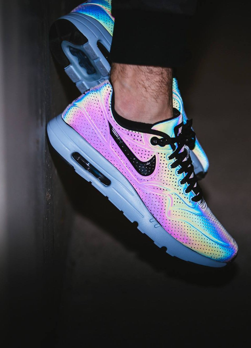 sports shoes afecc 801ca Nike Air Max 1 Ultra Moire  Holographic  (via 43einhalb)