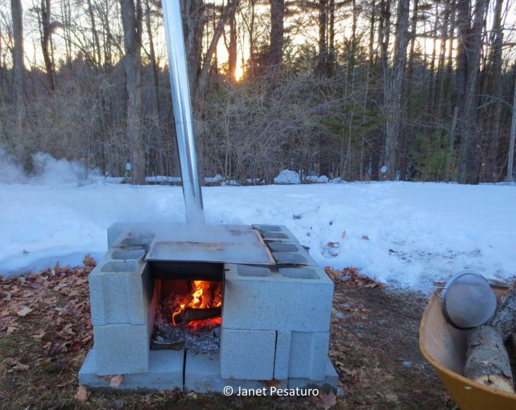 How To Make Maple Syrup Ii Boiling Filtering Canning Color And Flavor Homemade Maple Syrup Maple Syrup Maple Syrup Evaporator