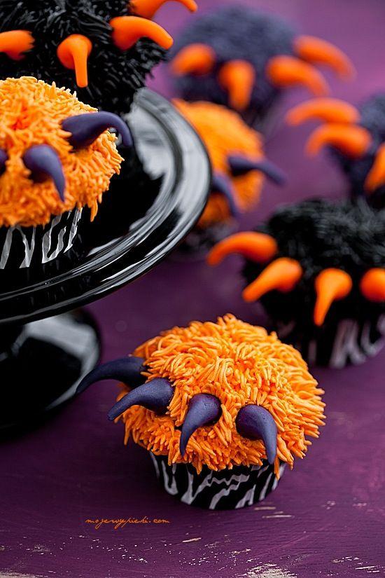 Bringen Cupcakes für Halloween