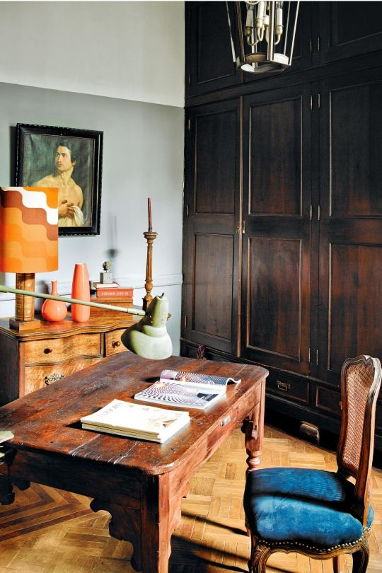 17 studies and studios to inspire your home office: The office of interior decorator Dirk Jan Kinet in his vibrant home in Mexico City.