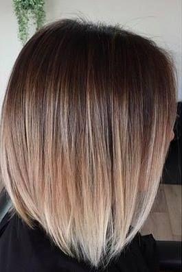 Color de cabello corto de moda