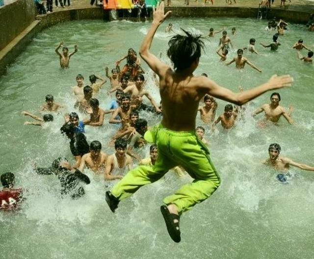 Aitchison junior swimming pool lahore - Swimming pool in bahria town lahore ...