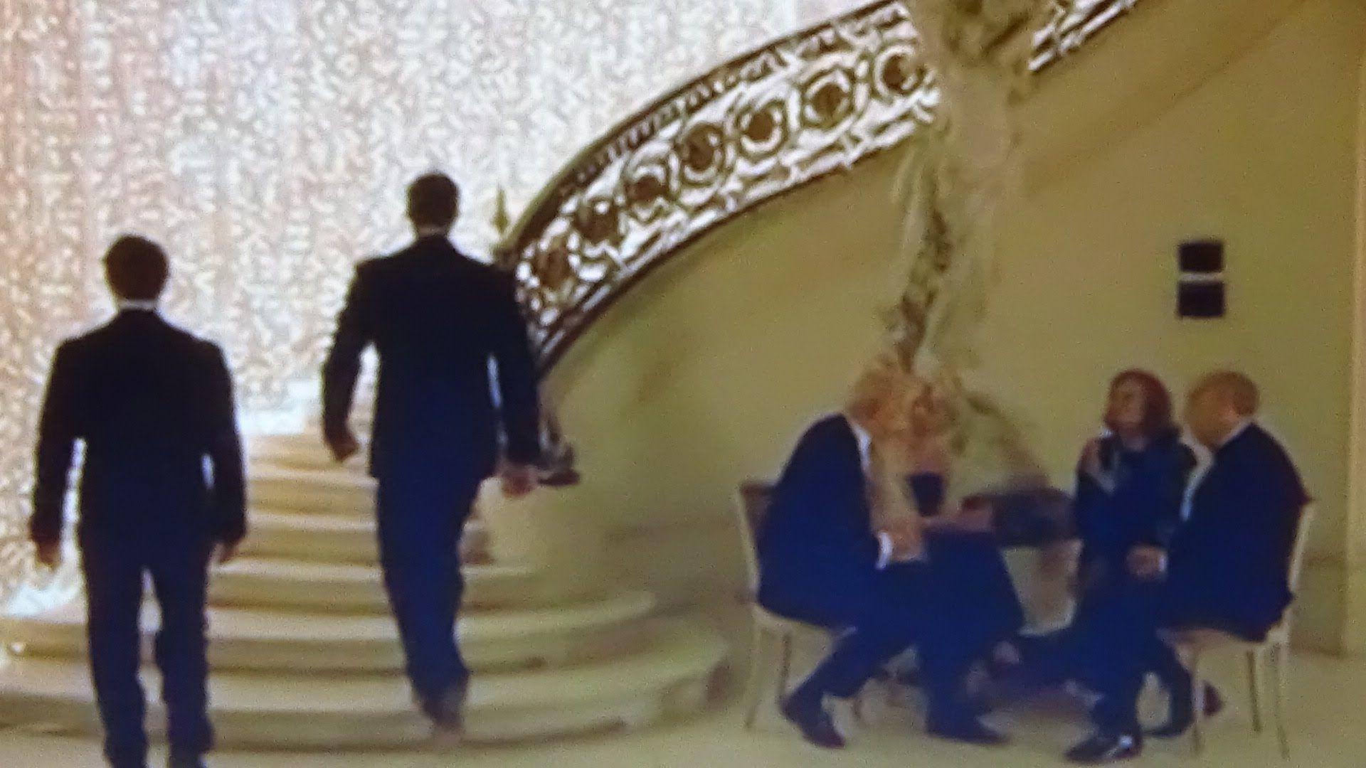 17. Illuminati: 2ª escena EYES WIDE SHUT: Kubrick: La fiesta del sol inm...