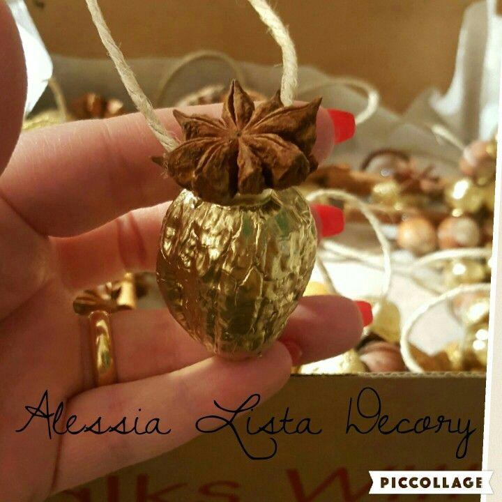 Lavoretti Di Natale Con Le Ghiande.Decorazioni Natalizie Fatte Con Ghiande Pigne Castagne