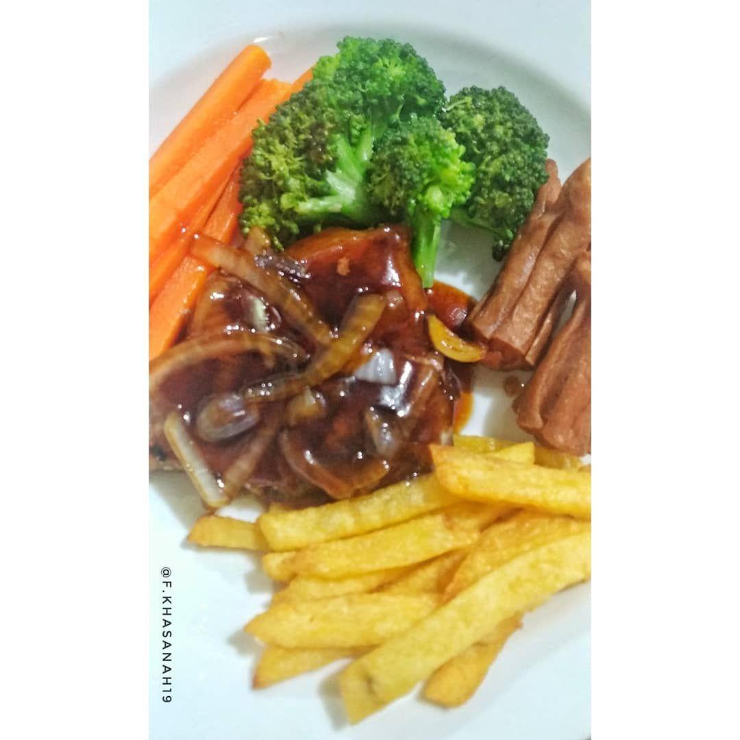 Steak Ala chef kecintaan orang serumah @yudiakandi luv.. 😘😘 . . . @uploadkompakan   . .