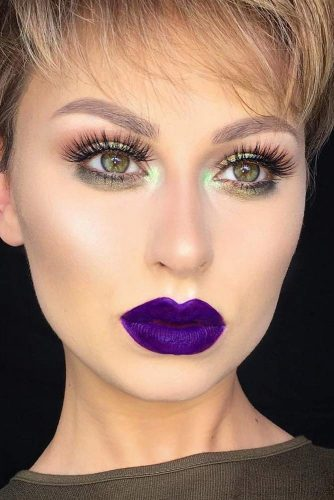 Photo of 39 Trending Purple Lipstick Shades For 2020