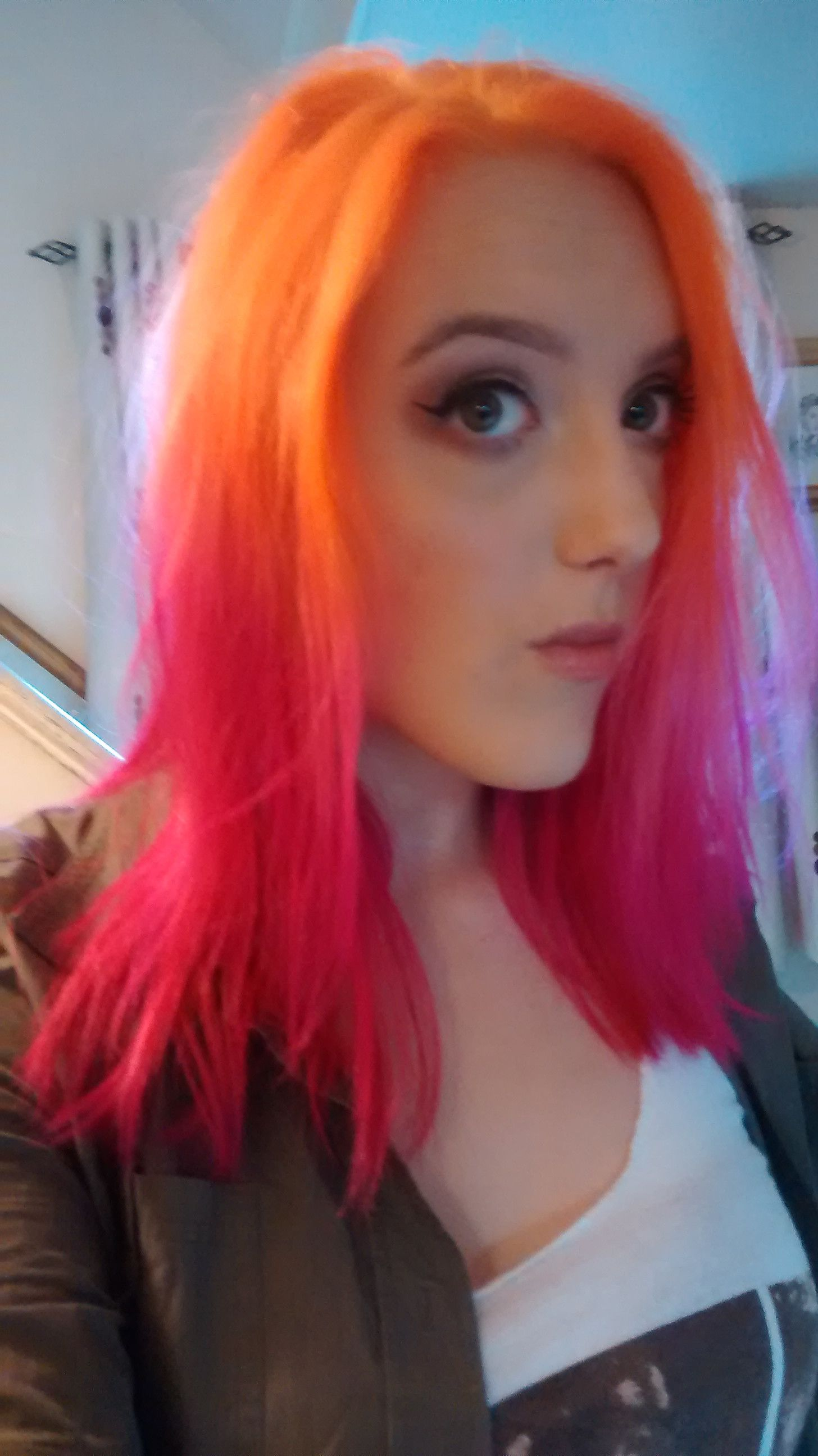 Orange And Pink La Riche Directions In Mix Of Flamingo And Carnation Pink And Apricot Orange Pink And Orange Hair Hair Color Crazy Cool Hair Color