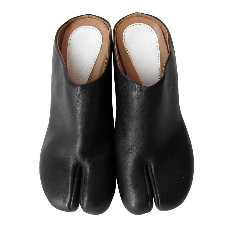 margiela split toe shoes