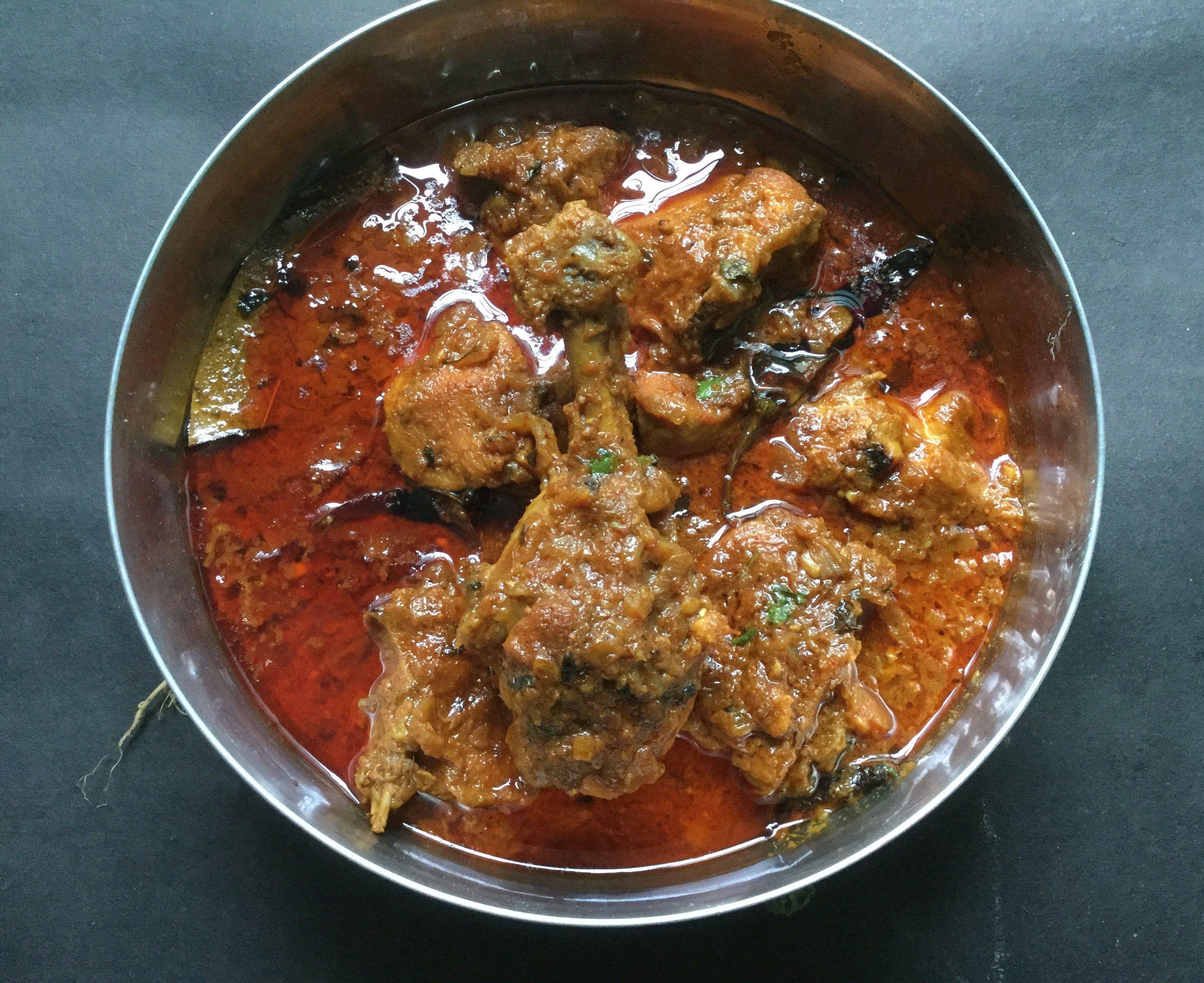 Dhaba style chicken curry indian desi chicken curry recipe dhaba style chicken curry indian desi chicken curry recipe forumfinder Image collections
