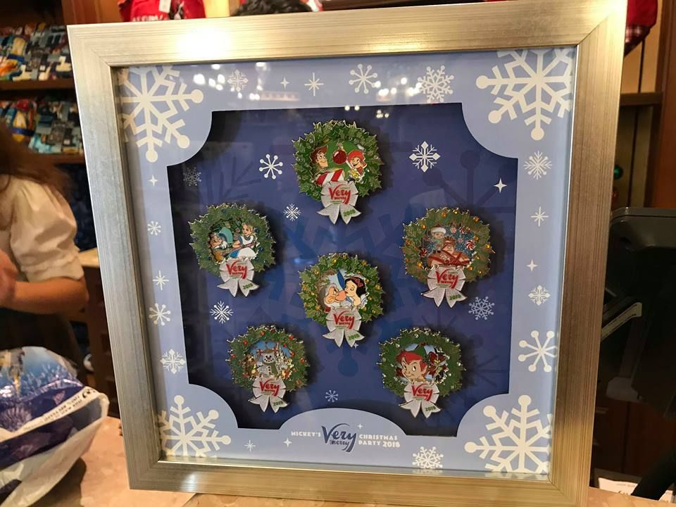 Specialty Holiday Disney Pins For Mickey\u0027s Very Merry Christmas