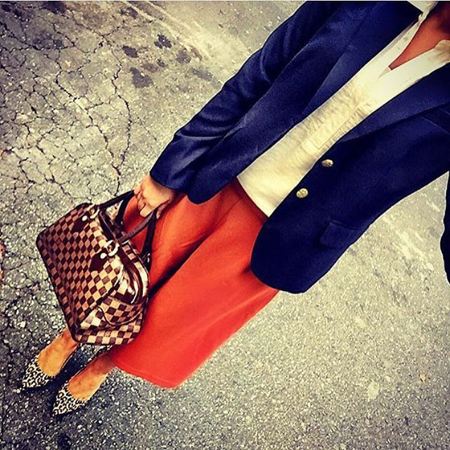 Trend alert: culottes for fall in burnt orange and navy! #outfit #ootd #instagood #instalike #instadaily  #whatiwore #styleblogger #mystyle #swag #pretty #work #summer  #fabulous #fashionable #pretty #likeback #liketkit #like4like #fresh #instagood #charlotte #follow4follow #nofilter #stylish #follow #summer #summertime #fashion #fashionista #fashionblogger #wiw #followme Outfit: @zara_worldwide Shoes: @ninewest Purse: @louisvuitton Blazer: @jcrew #shoeandtell by farah_snaps