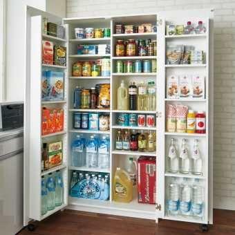 キッチン収納の決定版 収納した物が全て見渡せるドアポケットが嬉しいキッチン収納 庫 調味料から食材 食器まで全てこれ1台の食器棚 キッチンストッカー 幅が45cm 90cmから選べるのも嬉しいポイント ご自宅のキッチンに 憧れのパントリー 収納を叶えます