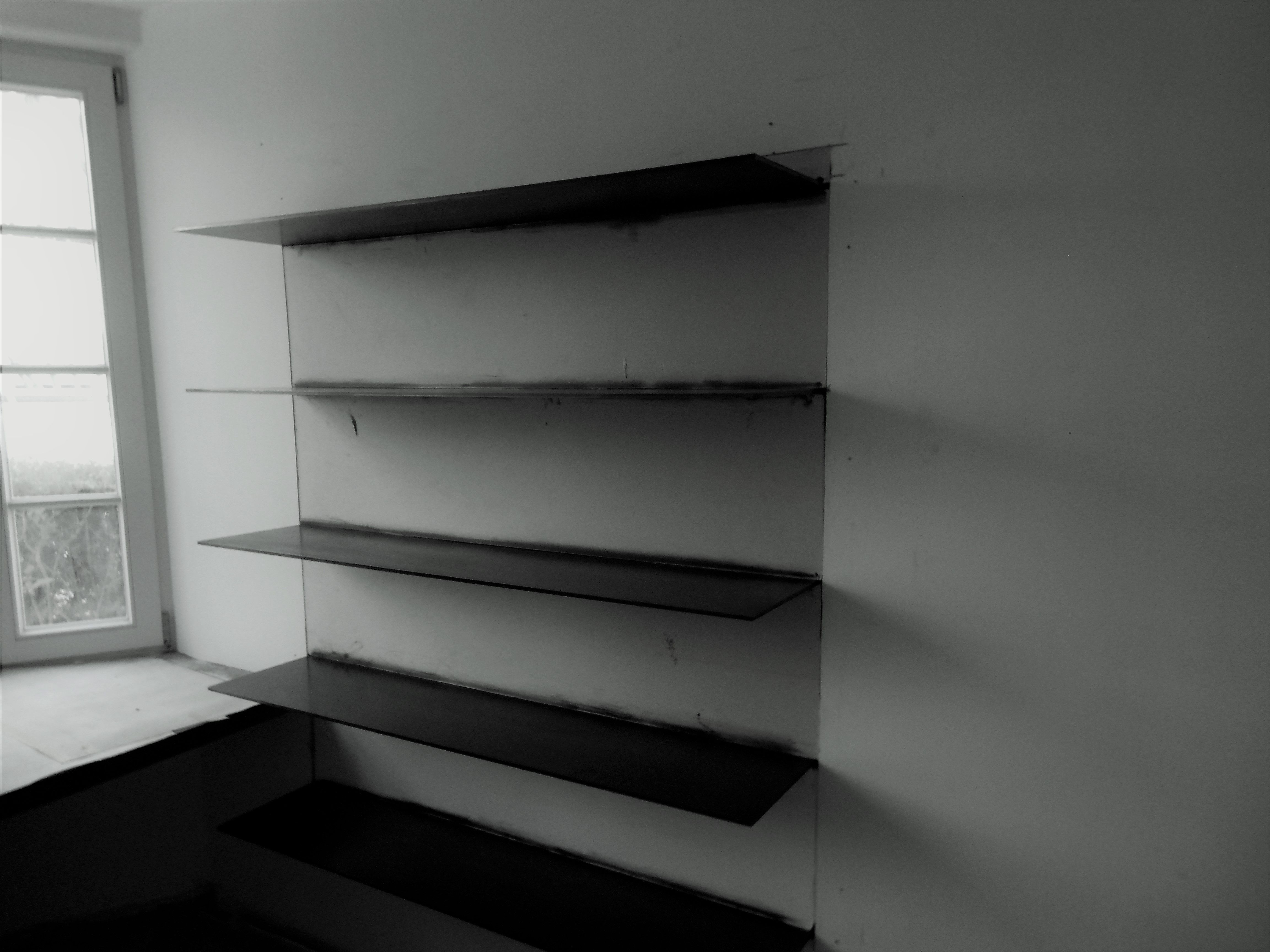 Legplanken Aan Muur.Metalen Legplanken Onzichtbare Bevestiging Aan De Muur Special
