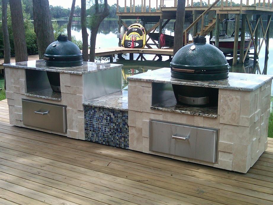 Green Egg stone surround | Big green egg outdoor kitchen ...