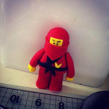 How to make a Ninjago Lego cake topper