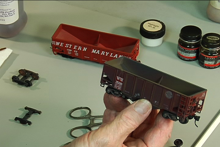 Model Railroad Weathering Techniques for Rolling Stock
