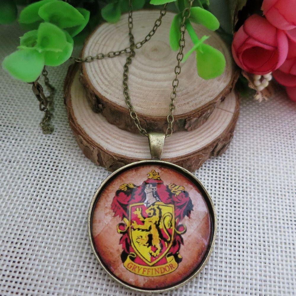 Temps Bijou collier new Européenne vintage style Harry Potter Poudlard, L'école Gryffondor art photo pendentif collier bijoux LY510 dans Pendentifs de Bijoux et accessoires sur AliExpress.com | Alibaba Group