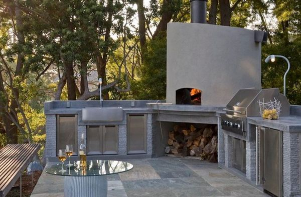 Outdoor Kitchen Designs Featuring Pizza Ovens Fireplaces And Other Cool Accessories Modern Outdoor Kitchen Outdoor Kitchen Design Outdoor Kitchen