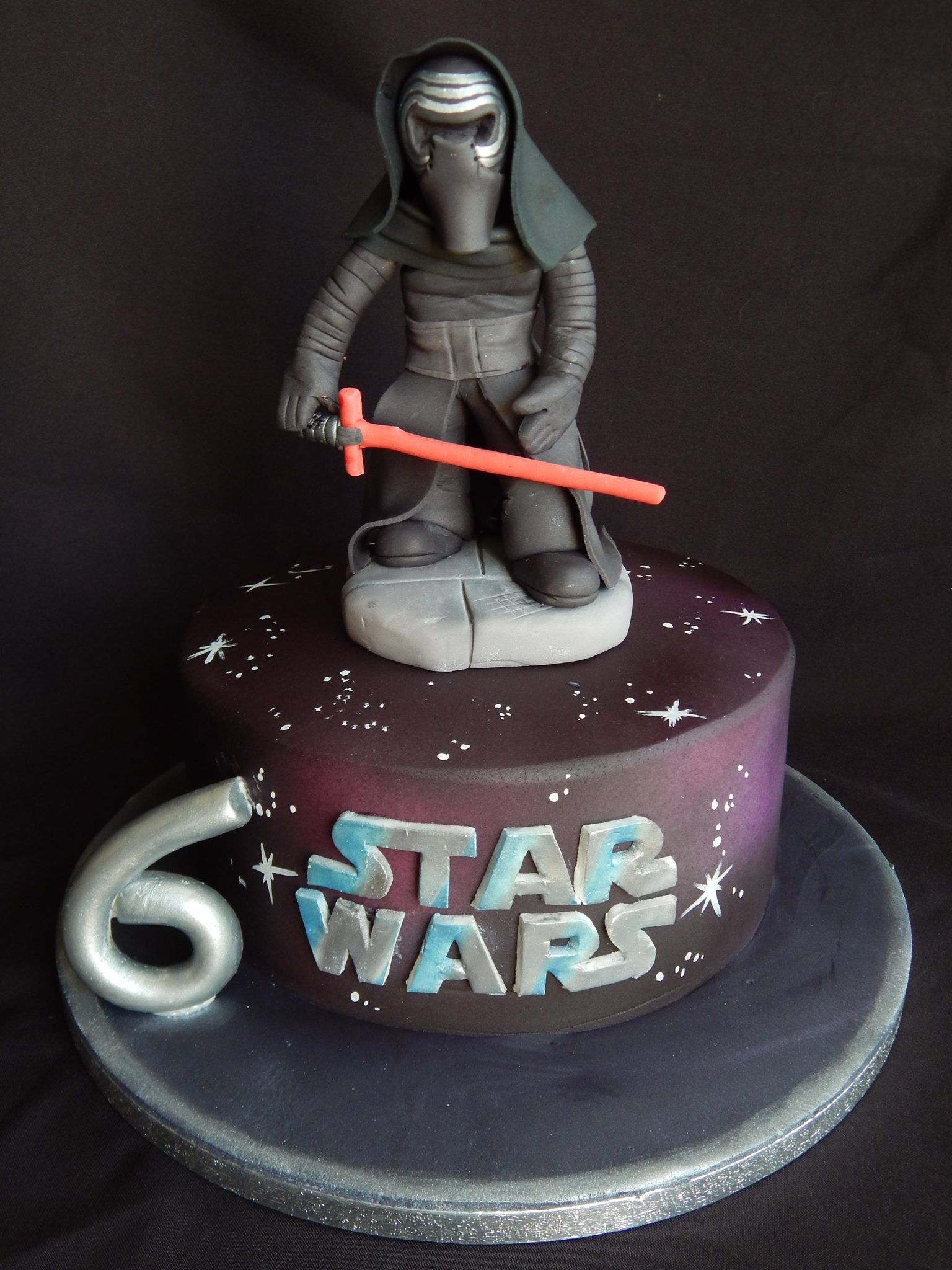 kylo ren star wars cake quite a contrast from elizabeth miles cake design star wars. Black Bedroom Furniture Sets. Home Design Ideas