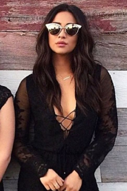 Quay x Shay Mitchell Collection Tilly Sunglasses in Gold ...