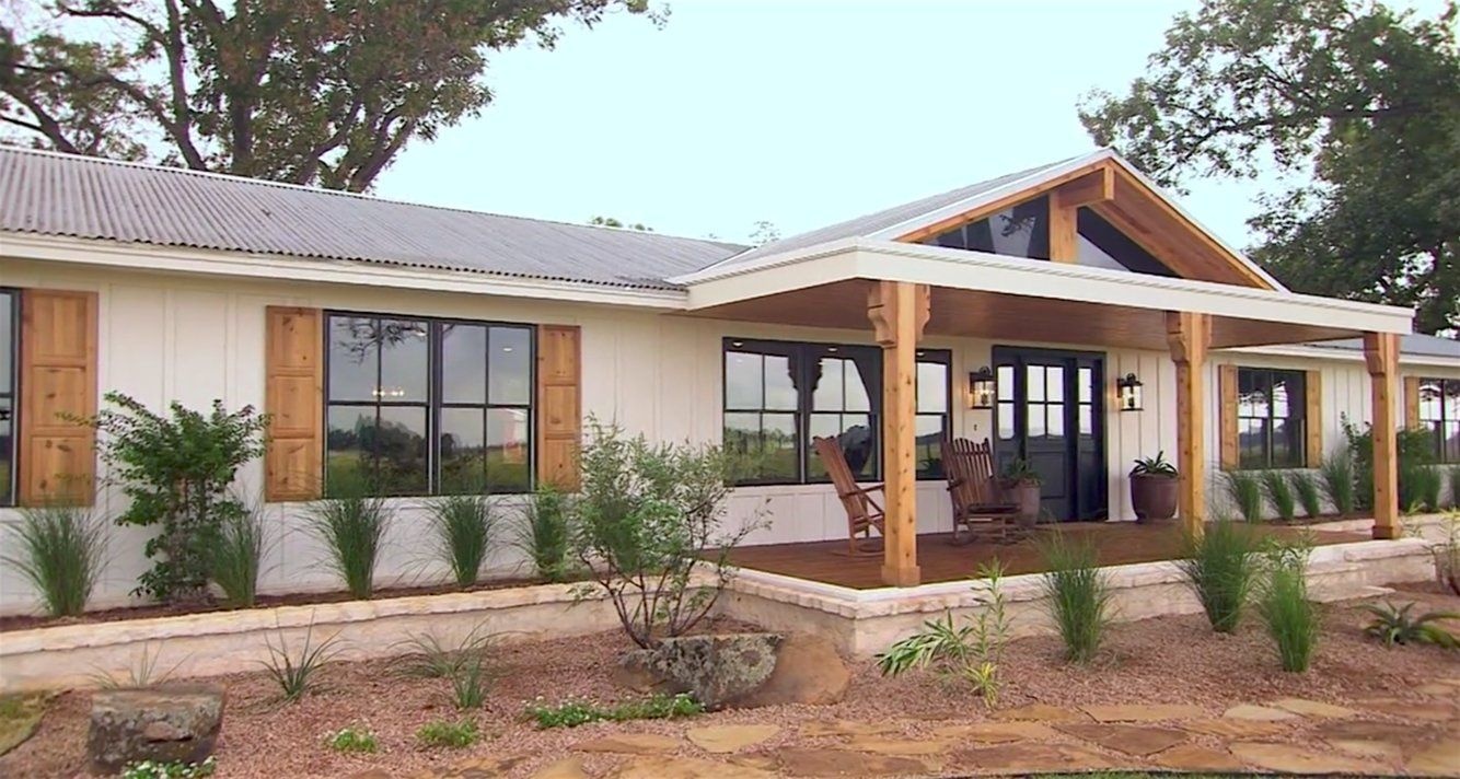 31 before-and-after photos of Chip and Joanna's house flips on 'Fixer Upper'
