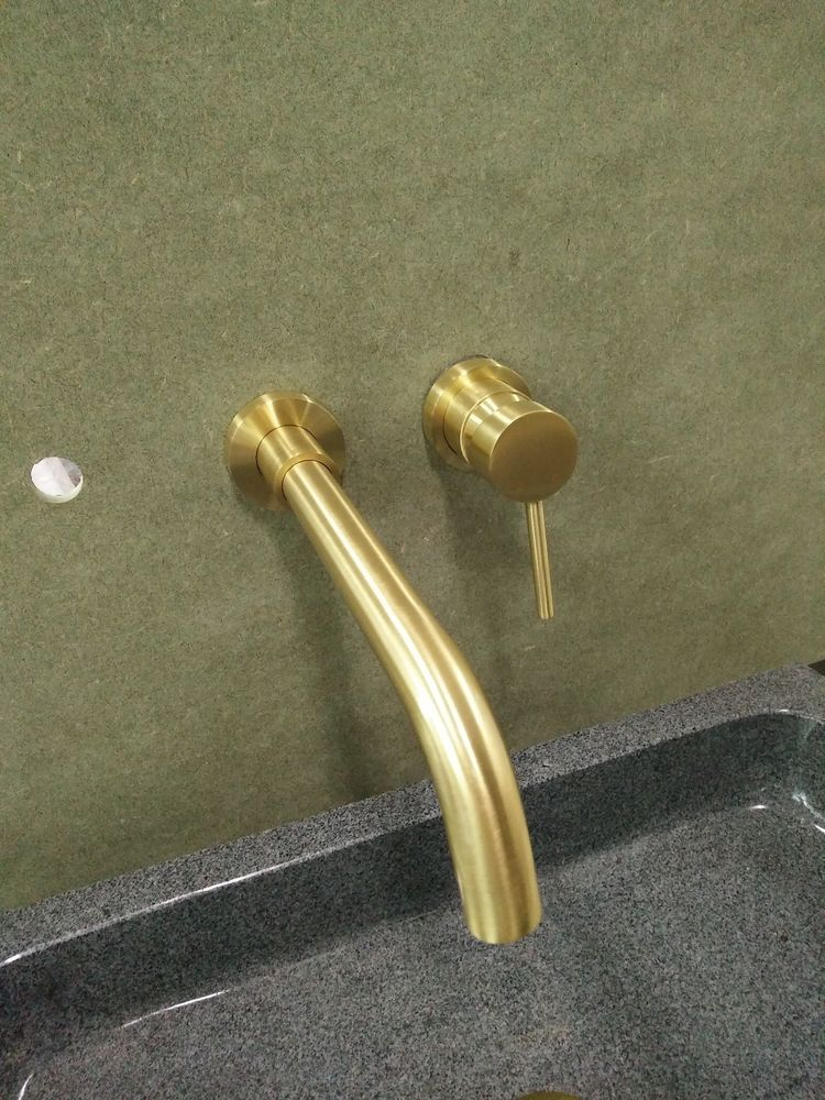 Handle up Rose Gold Burnished Gold Matt Black Brass wall mixer tap ...