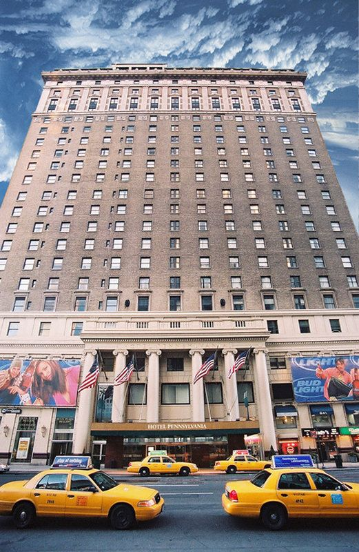 http://www.culturaltravelguide.com/how-to-plan-your-trip Hotel Pennsylvania, Garment Disctrict, New York. #hotels #travel_planner #Hotel_Pennsylvania #NewYork