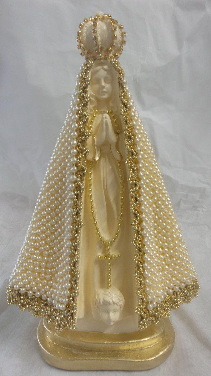 Nossa Senhora Aparecida 30 cm com manto todo em pérolas.