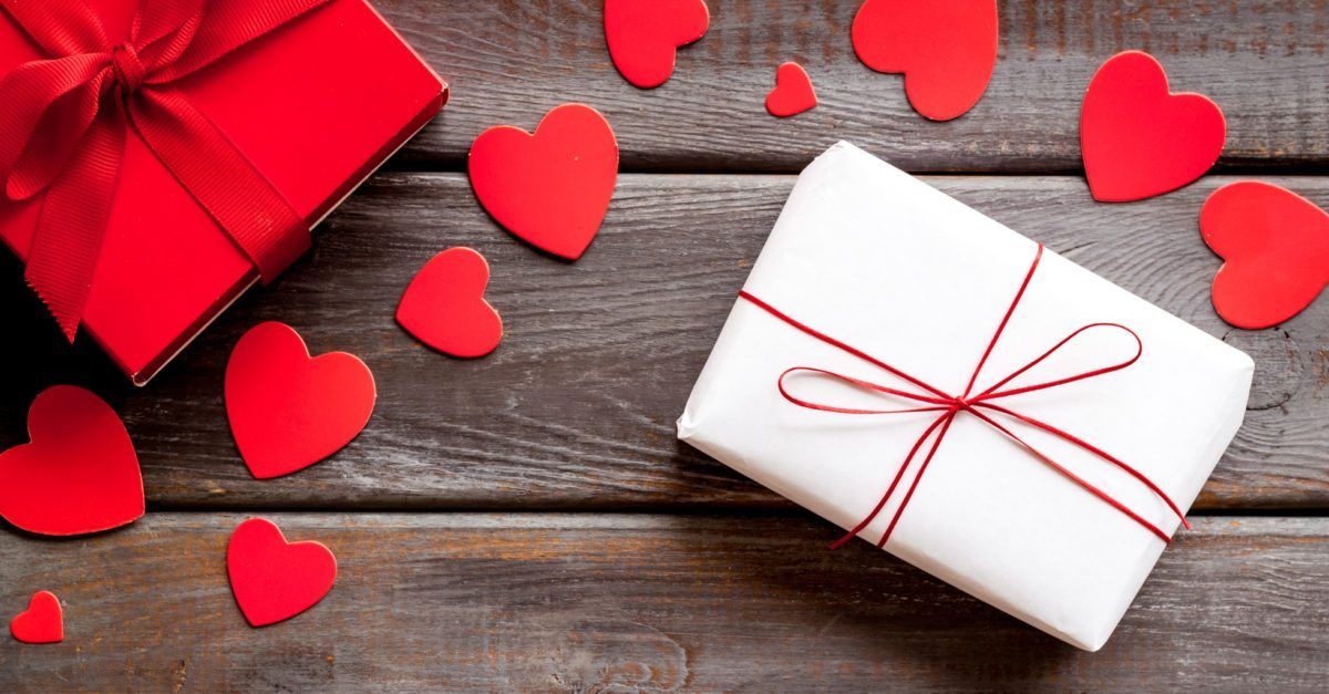 Valentine S Gift Ideas For Your Special One Mikiguru In 2021 Valentine Gifts Best Valentine S Day Gifts Romantic Valentines Gift