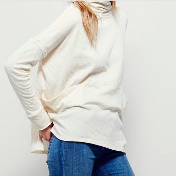 a11e66a48e Free People long flight pullover New with tags