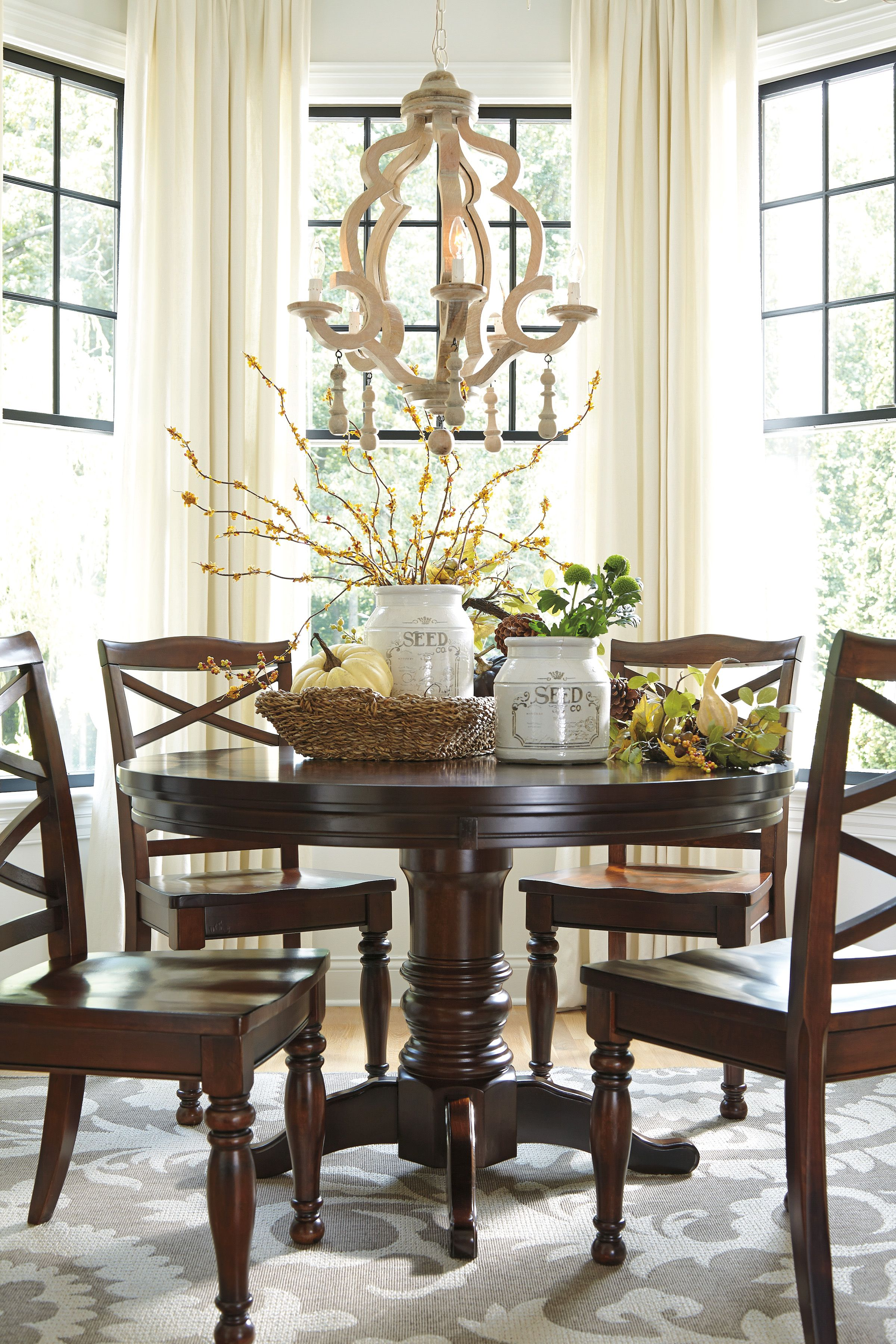 Nothing better than an intimate dining space. Don't you ...