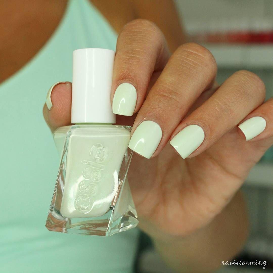 Essie gel couture zip me up | esmaltes | Pinterest | Esmalte en gel ...