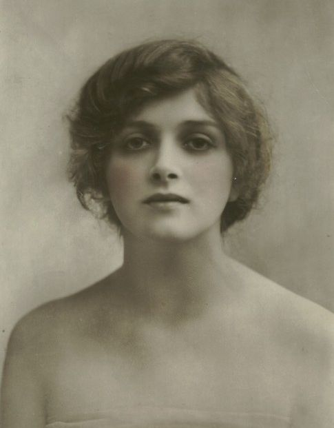 gladys cooper young