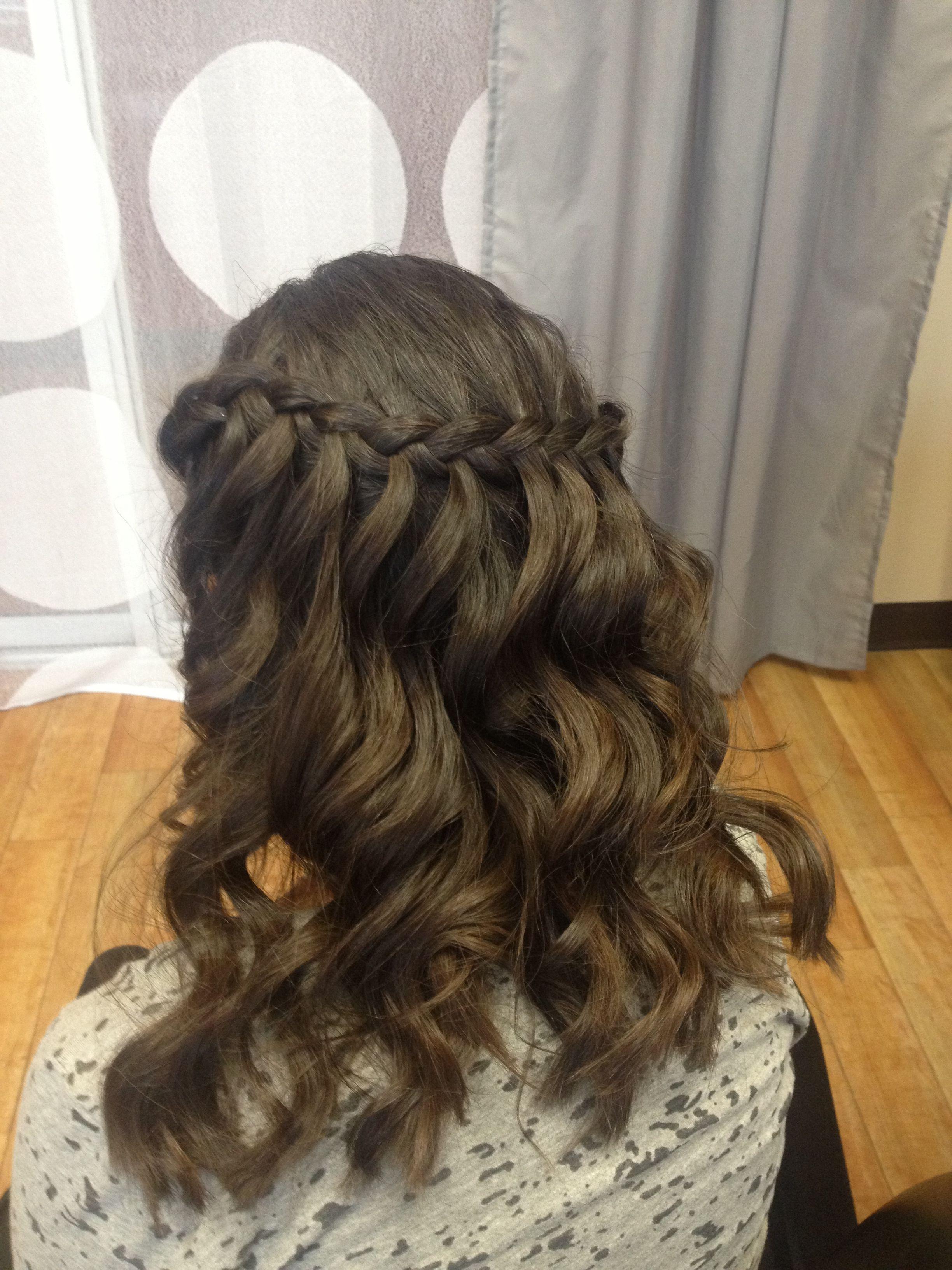 Simple, yet beautiful prom hair. | Hair, Prom hair, Hair ...