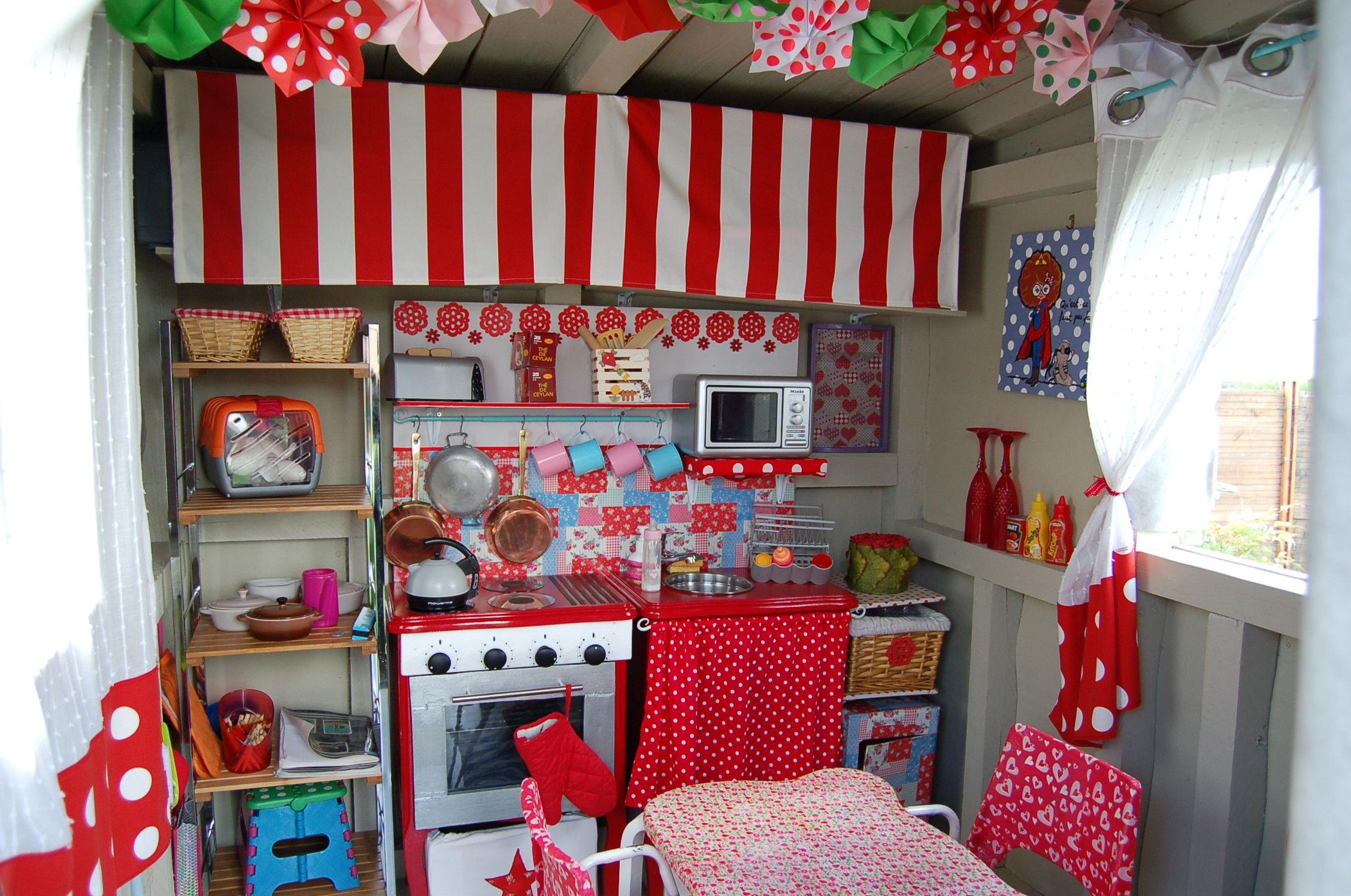 cabane int rieur enfants pinterest cabanes cabane en palette et int rieur. Black Bedroom Furniture Sets. Home Design Ideas