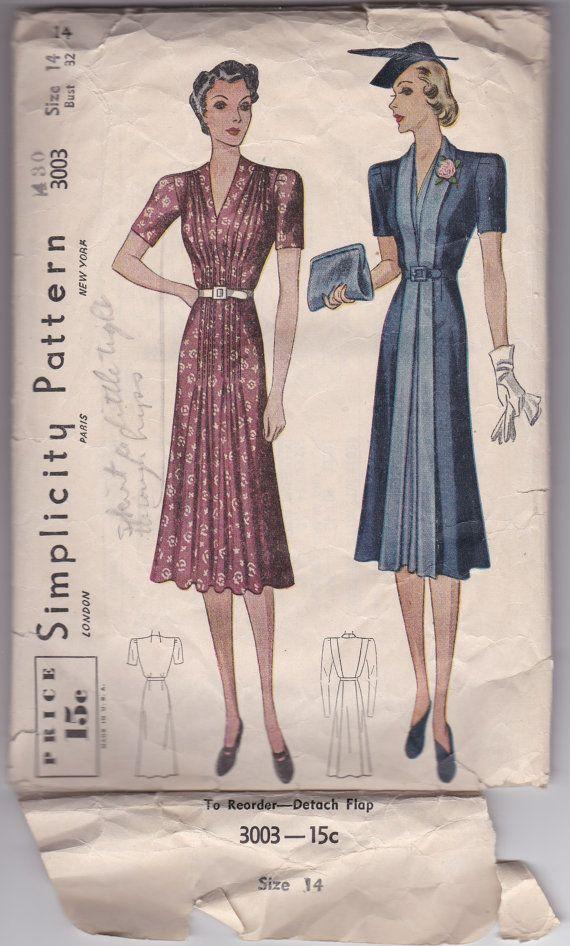 30s Chic Redingote Dress Front Pleats V Neckline Slimming Panel Size 14 Bust 32 Vintage Sewing