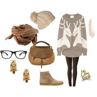 Love the oversized sweater, perfect for the holidays