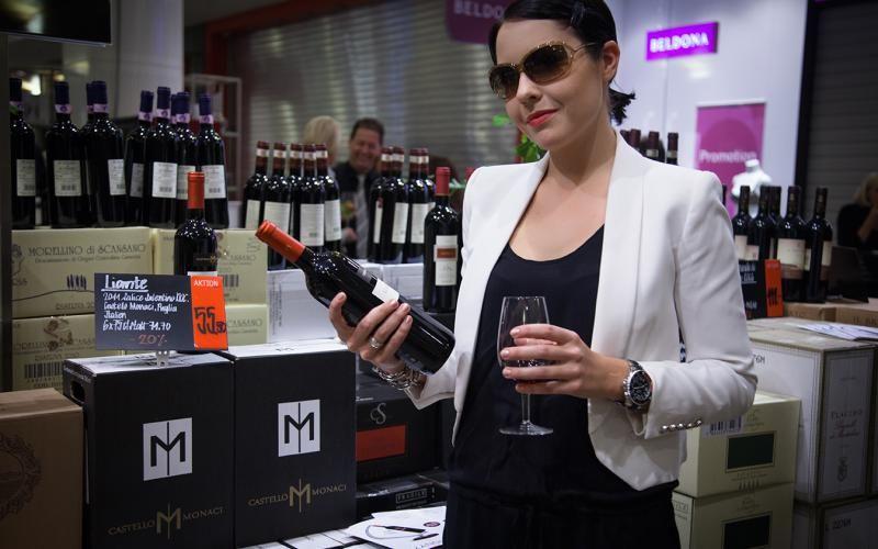 #Happy. #KimMy. #Wine. #Bottle.