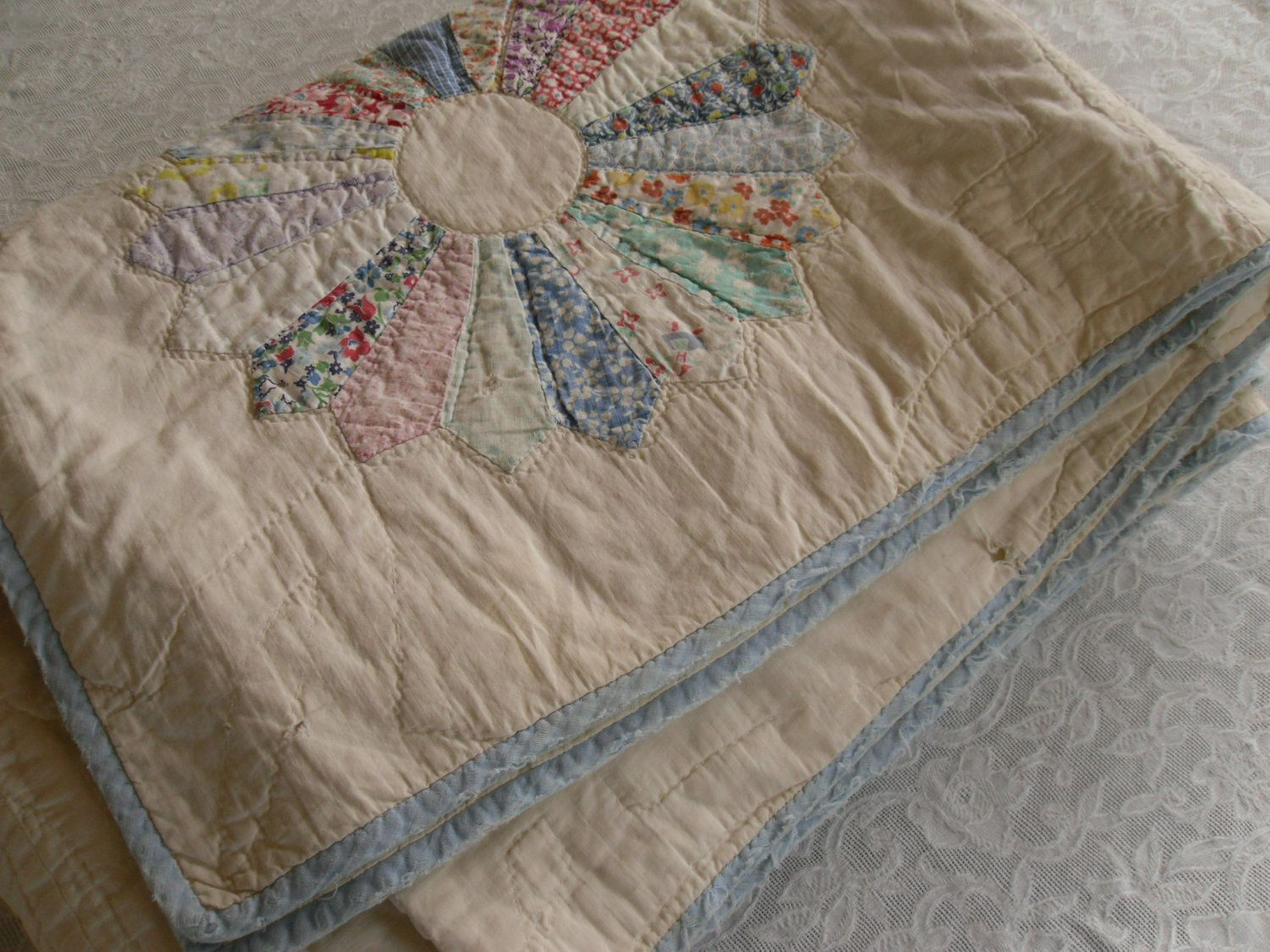 quilt another baby in shabby pin chic quilts made pinterest